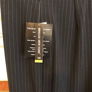 Briggs New York Dress Pants Size 14 NWT's‼️👀😍